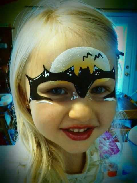 Bat Girl Face Paint By Love Painted Too Bemalte Gesichter