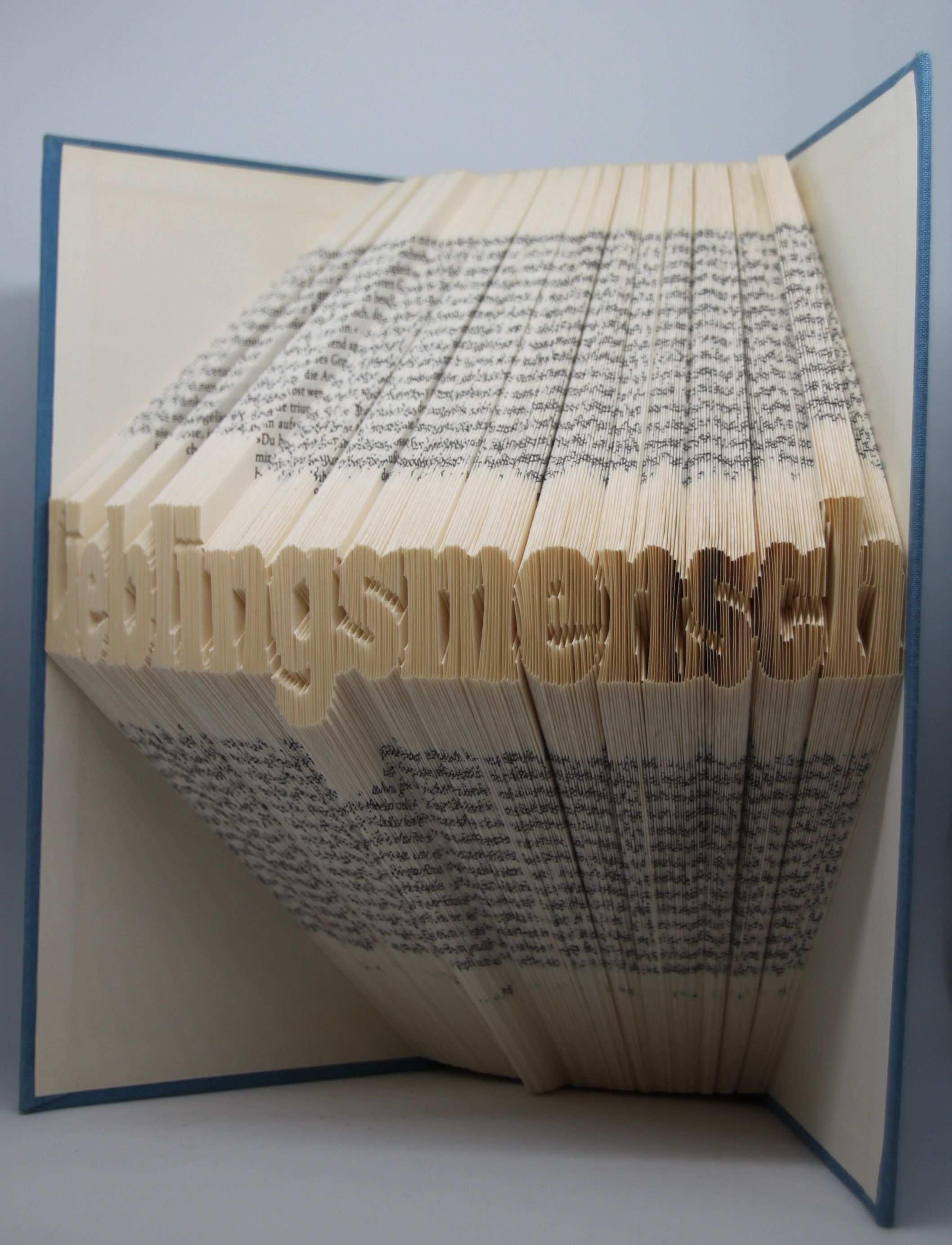Geschenkidee Fur Den Lieblingsmensch Gefaltetes Buch Schriftzug