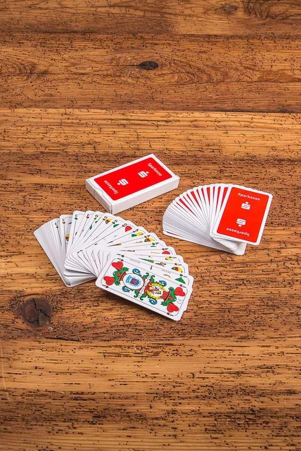 Spielkarten Bedrucken Bei Werbemax Das Ideale Geschenk Fur